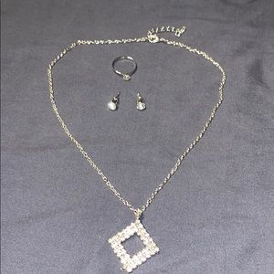 Costume Necklace Ring and Earring Set